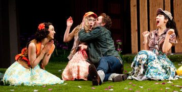 shakespeare reviews loves labours lost
